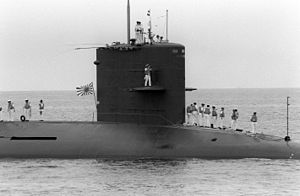 Mochishio (SS-574) arrives at San Diego, -10 Jun. 1992 a.jpg