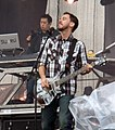 Mr. Hahn & Mike Shinoda, Linkin Park @ Sonisphere 2009.jpg