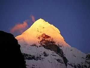 Nilkantha (mountain) - Image: Neelkanth