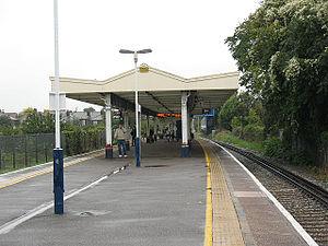 North Sheen railway station - Image: North Sheen station, platforms geograph.org.uk 1526493