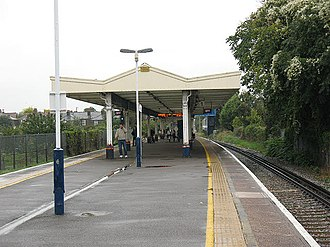 North Sheen railway station - Image: North Sheen station, platforms geograph.org.uk 1526493