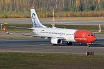Norwegian (Max Manus Livery), LN-DYC, Boeing 737-8JP (29636560643).jpg