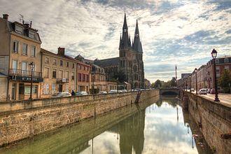 Notre-Dame-en-Vaux - Image: Notre Dame en Vaux