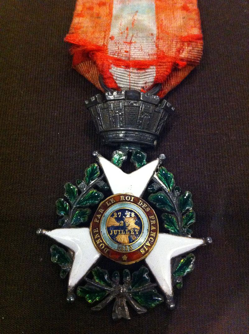 Ordre de la Croix de Juillet.jpg