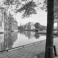 Overzicht Kloveniersburgwal vanaf de Amstel - Amsterdam - 20010915 - RCE.jpg