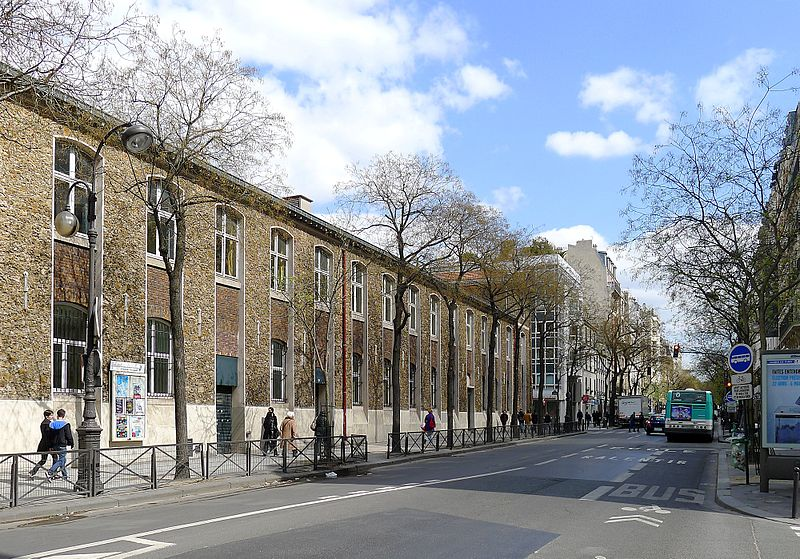 Fichier:P1090700 Paris IV rue d'Alésia rwk.JPG