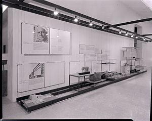 Compasso d'Oro - La Rinascente Compasso d'Oro award for the product aesthetics, 3rd edition, Milan 1956. Exhibition of object in contest. Photo by Paolo Monti (Fondo Paolo Monti, BEIC).