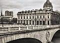 Paris 75004 Quai de la Corse Tribunal de Commerce - Pont au Change 20150820.jpg