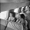 Passagiers in de Dakota van de KLM, vliegend vanuit Trinidad, Bestanddeelnr 252-2690.jpg