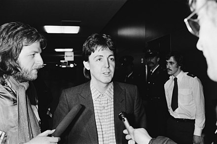 McCartney at Amsterdam's Schiphol Airport, January 1980 Paul McCartney 930-6404.jpg