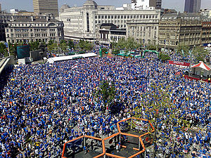 2008 UEFA Cup Final riots - Rangers fans in the Zenit fanzone, in Piccadilly Gardens.