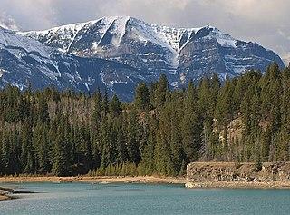 Pigeon Mountain (Alberta) Mountain in Alberta, Canada