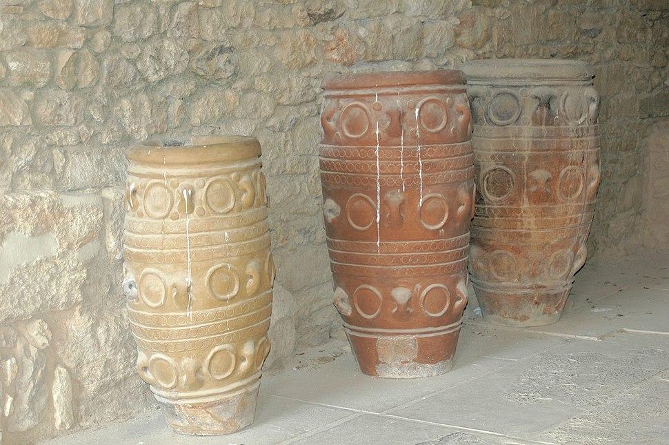 Pithoi storage jars at Knossos