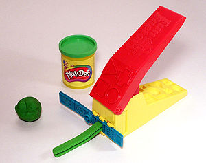 Green Play-doh with can and accessory toy (Pla...