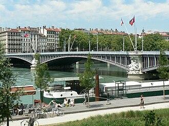 Berges du Rhône - Lafayette bridge and Augagneur quay