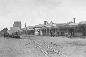 Port Broughton, South Australia - Port Broughton Hotel, facing east, in 1914