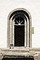 Portal sur da nave da igrexa de Halla.jpg