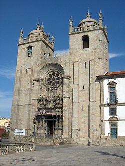 Porto.Cathedral01.jpg