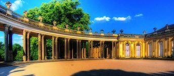 Potsdam Schloss Sanssouci (756588218).jpg