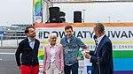 Präsentation Paradetruck Jugend gegen AIDS zur ColognePride 2018 am Köln Bonn Airport-7186.jpg