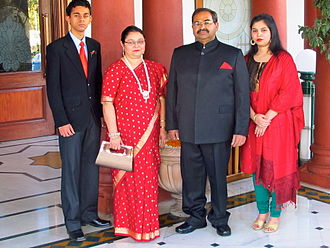 Bourbons of India - Balthazar IV of Bourbon-Bhopal with his family in 2013