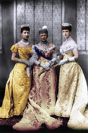 Louise of Hesse-Kassel - Louise (centre) with her daughter Alexandra, Princess of Wales (right), and granddaughter Louise (left) in 1893