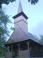 RO MM Posta Sapaia wooden church 10.jpg