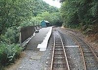 Railway station, Nant Gwernol - geograph.org.uk - 1415330.jpg