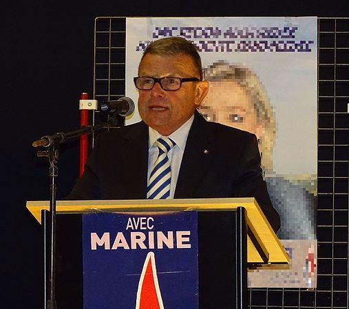 Raismes - Meeting de Marine Le Pen le 16 octobre 2015 sur l'élection régionale en Nord-Pas-de-Calais-Picardie (05).JPG