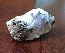 Moonstone (gemstone) - Wikipedia