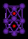 Het ball-and-stick-diagram toont twee regelmatige octaëders die door één vlak met elkaar zijn verbonden.  Alle negen hoekpunten van de structuur zijn paarse bollen die rubidium voorstellen, en in het midden van elke octaëder is een kleine rode bol die zuurstof vertegenwoordigt.