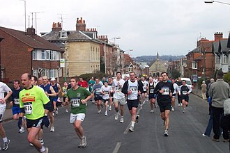 Reading Half Marathon - The half marathon climbing Russell Street in West Reading in 2004