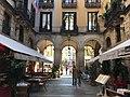 Restaurants at Plaza Reial.jpg