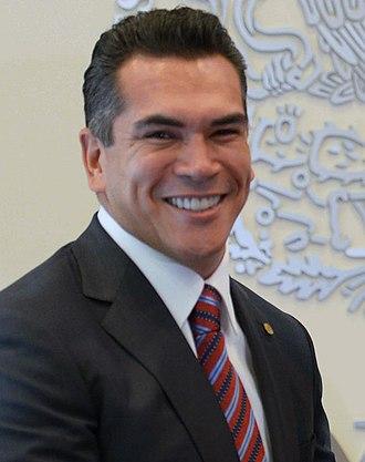 Governor of Campeche - Image: Reunión con el Gobernador Electo del Estado de Campeche, Alejandro Moreno Cárdenas