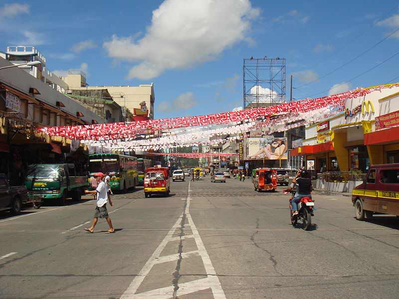 File:Rizal Avenue, Tacloban.jpg