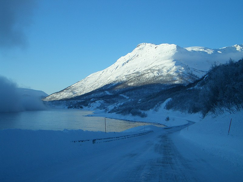 File:Road 882 Alta, Norway.jpg