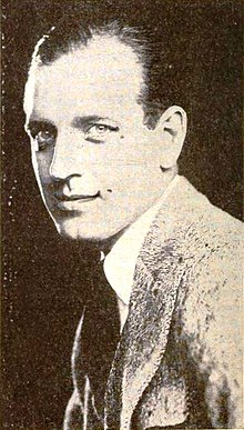 Robert Ellis - Dec 1921 Photoplay.jpg