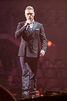 Ronan Keating - 2016330210152 2016-11-25 Night of the Proms - Sven - 1D X II - 0402 - AK8I4738 mod.jpg