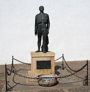 Antonio Ordóñez - Antonio Ordóñez statue in the Plaza de Toros, Ronda