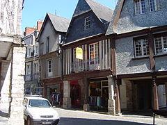 Rue de la Poterie Vitré, Bretagne, France.JPG