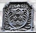 Rue du Bourg Tibourg 27 plaque de construction d'immeuble 1683.jpg