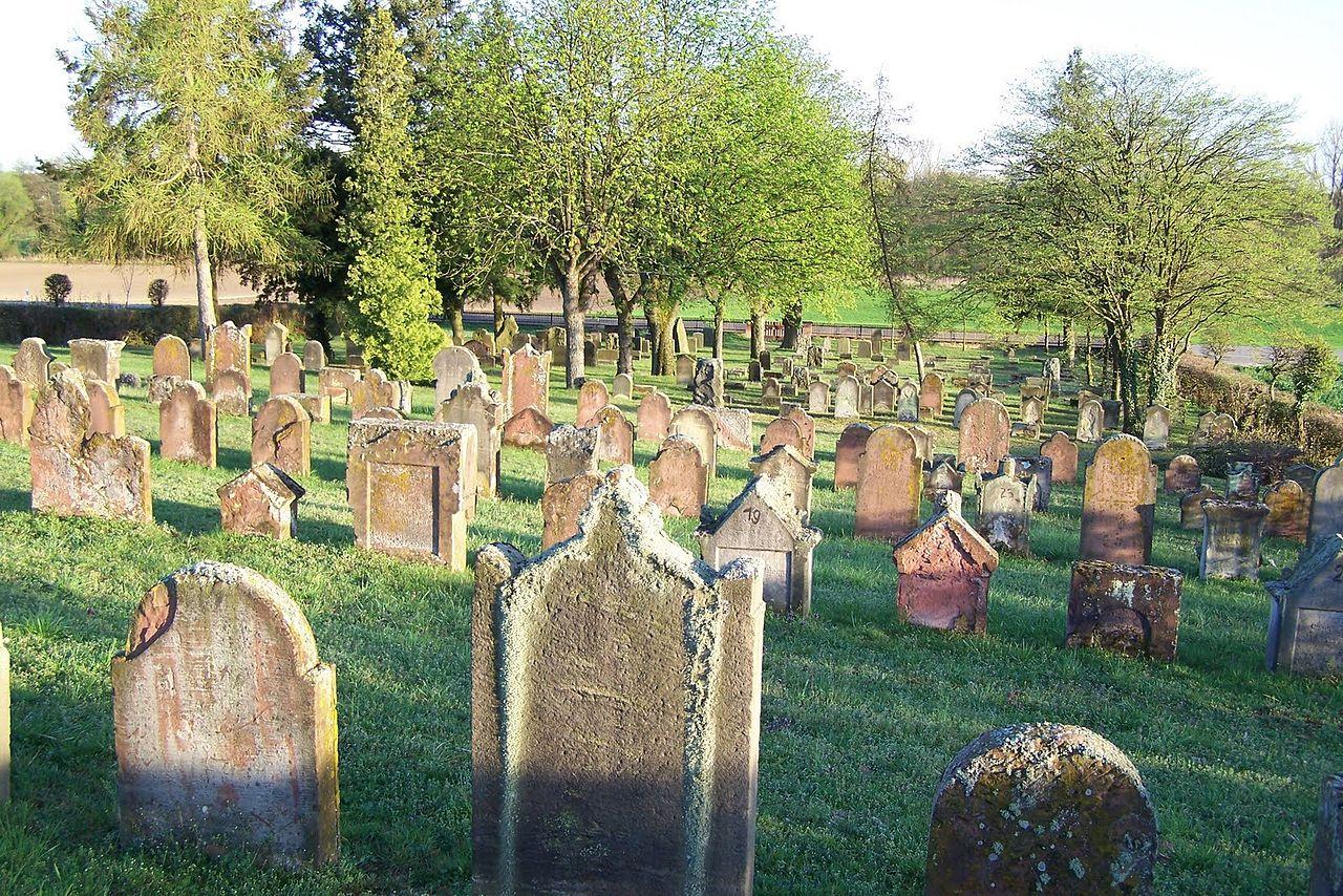 Ruelzheim jued Friedhof.jpg