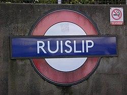 Ruislip (18519337).jpg