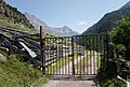 Sölden - gate on trail.jpg