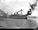 SS MARIPOSA departing Sydney Cove, March 1932 (7560221366).jpg