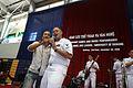 Sailors visit Da Nang DVIDS222144.jpg