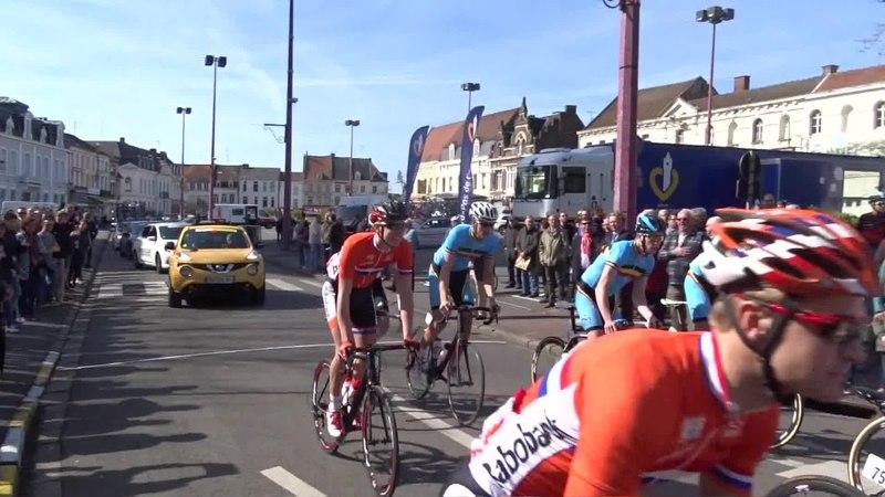 File:Saint-Amand-les-Eaux - Paris-Roubaix juniors, 12 avril 2015, départ (A93A).ogv