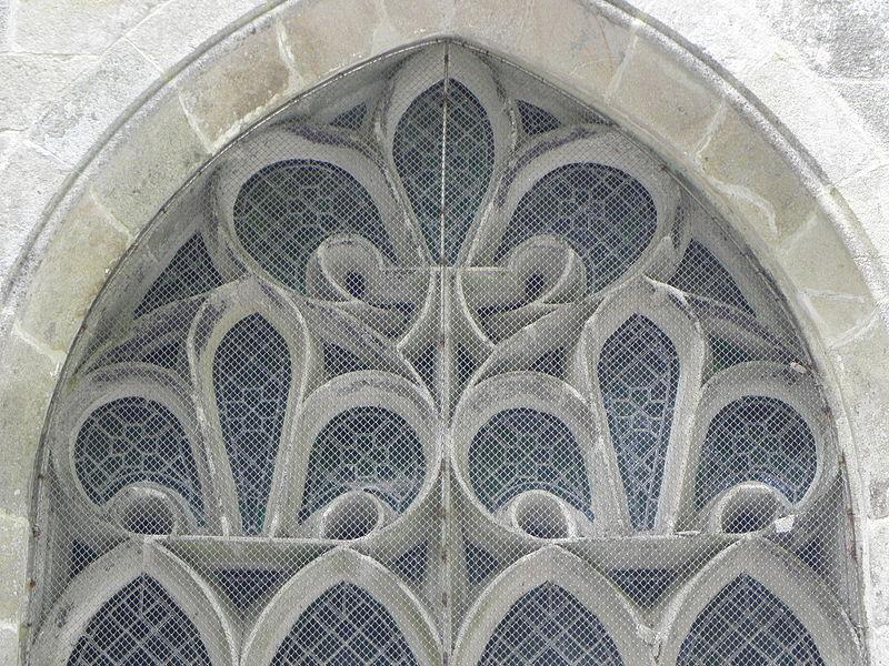 Chapelle Saint-Adrien en Saint-Barthélémy (56). Remplages de la maîtresse-vitre.