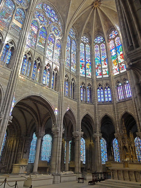 File saint denis 93 basilique saint denis abside for Architecture interieur paris