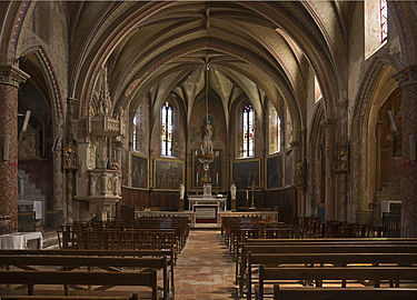 Saint-Julia L'église interieur.jpg